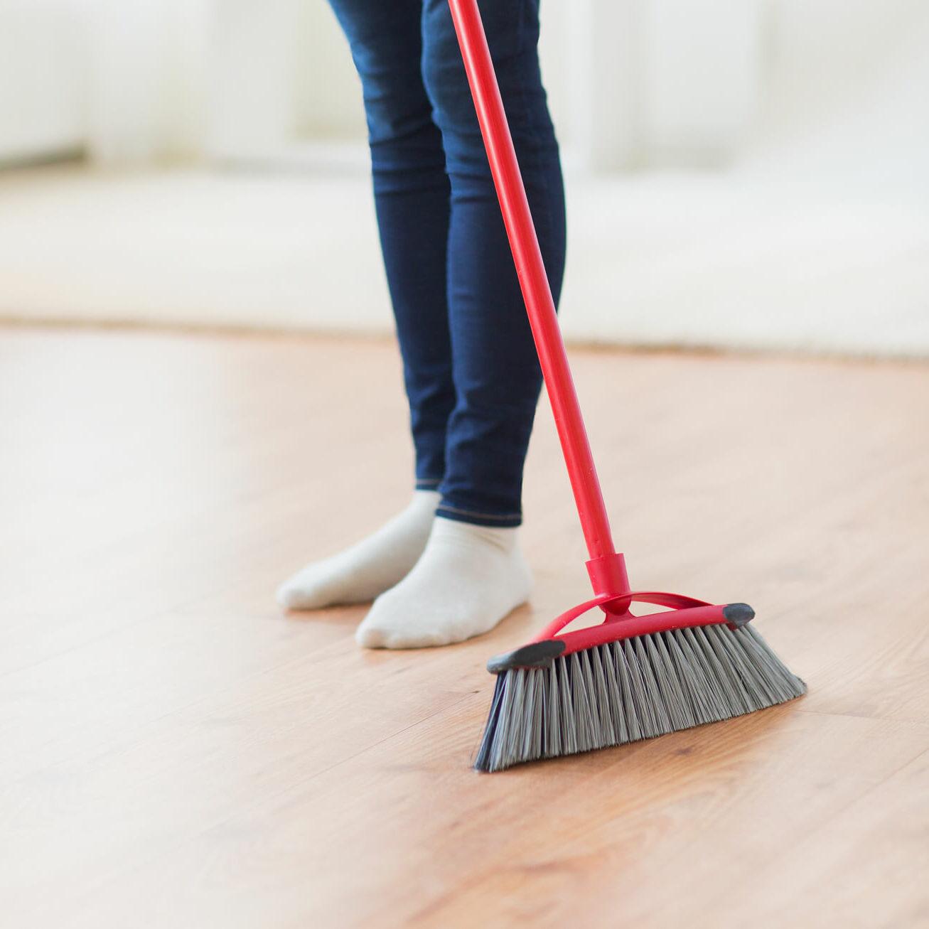 sweeping laminate | Tish flooring